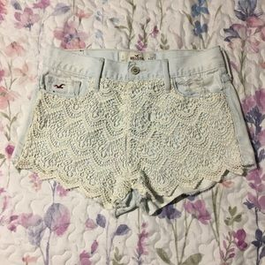 Hollister lace front shorts